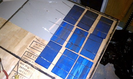 glass layout of solar cells